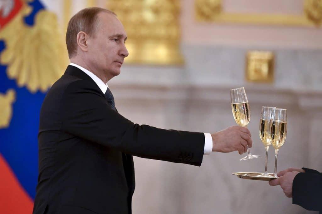 Russie, Champagne, vins pétillants,